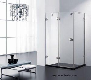 Nhà tắm kính cường lực