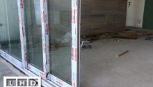 cửa trượt 3 ray nhôm xingfa trắng sứ