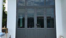 cửa nhôm kenwin ghi ánh kim