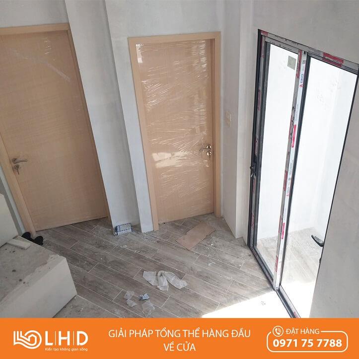 cửa gỗ huge và cửa trượt xingfa